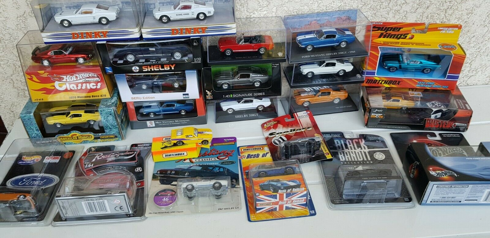 LOT FORD MUSTANG DINKY HOT WHEELS SHELBY