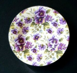 Maxwell-Williams-Cream-Pansy-Rimmed-Soup-Bowl