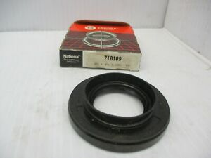 National 710109 Oil Seal