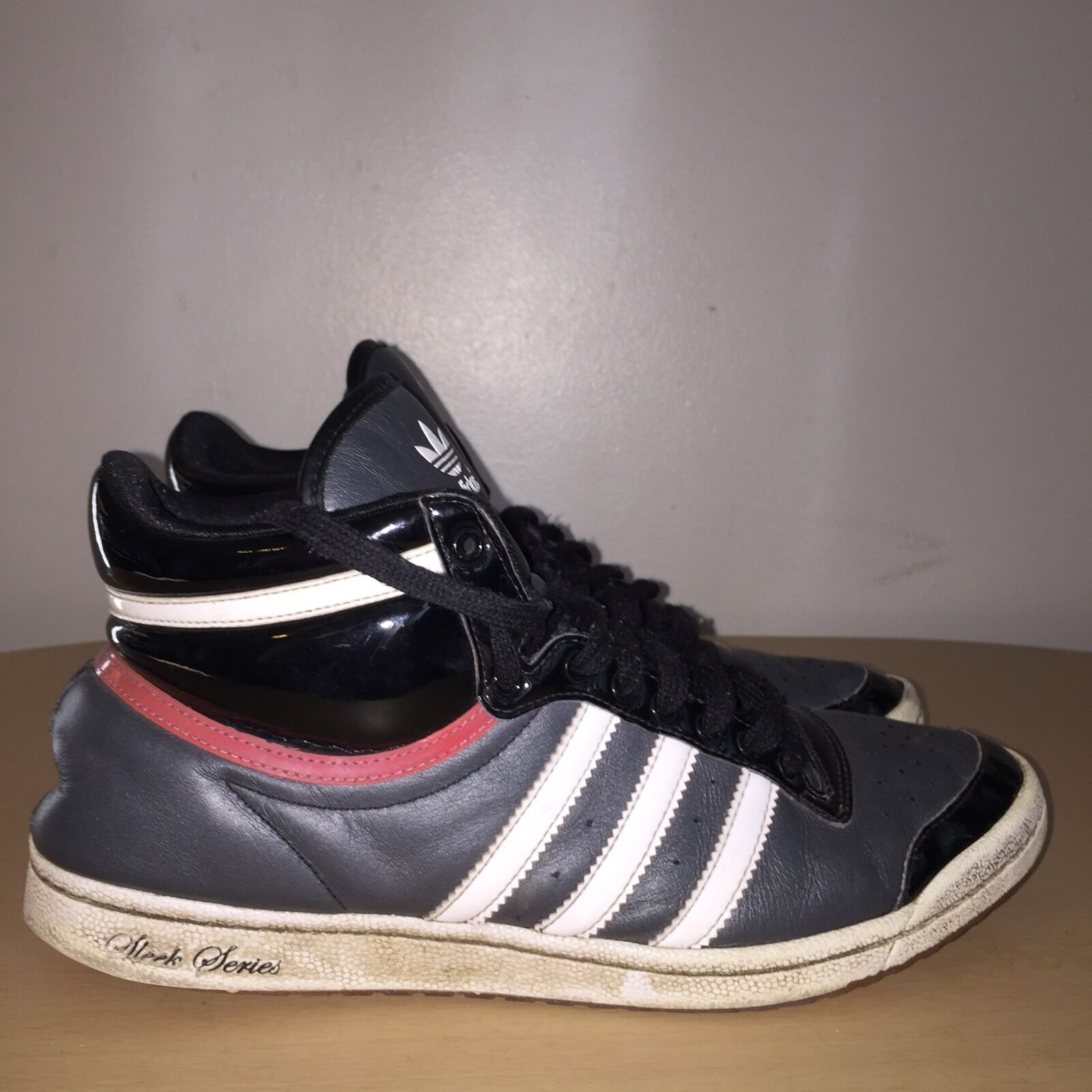Adidas Sleek Series Size Ankle 7 Black White Red Ankle Size Boots 105ea0