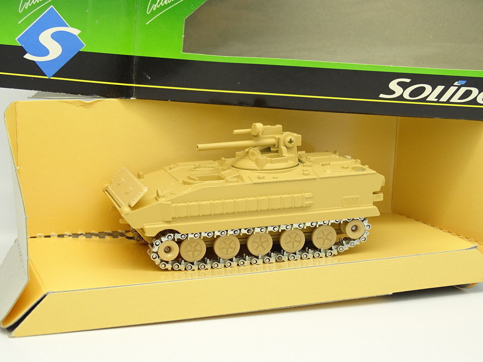 Solid 1 50 - CHAR TANK AMX 10 Sand Military Army