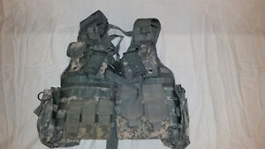 LIGHTWEIGHT-MOLLE-II-ACU-FLC-ADJUSTABLE-FIGHTING-LOAD-CARRIER-W-POUCHES-JJ-1013