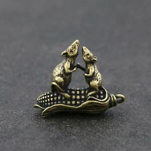 Chinese-Brass-Mouse-Statue-Lucky-Pendant-Corn-China-Zodiac-Xmas-Pocket-Gifts-Hot