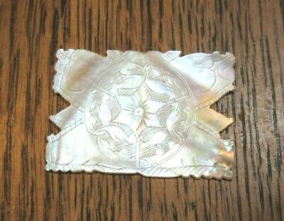 GAMING COUNTER EARLY 1800/'S ANTIQUE CHINESE MOTHER OF PEARL CARVED SILK WINDER