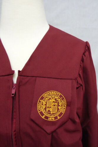 Details about  /Oak Hall GreenWeaver Loyola Graduation Cap and Gown Academic Recycled Materials