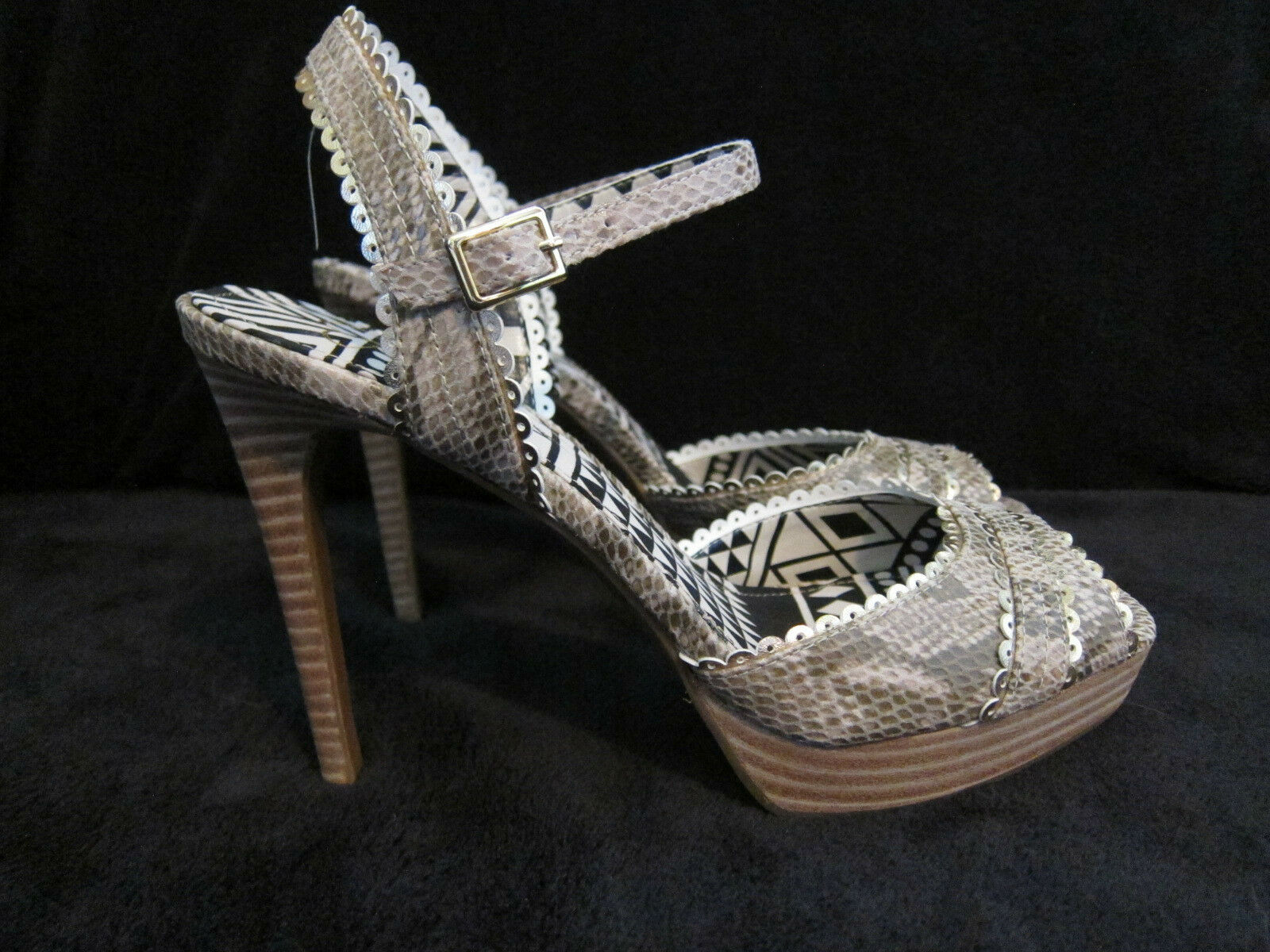 JESSICA SIMPSON Blazie Python & gold Platform Heels Open Toe shoes US 8 M NWOB