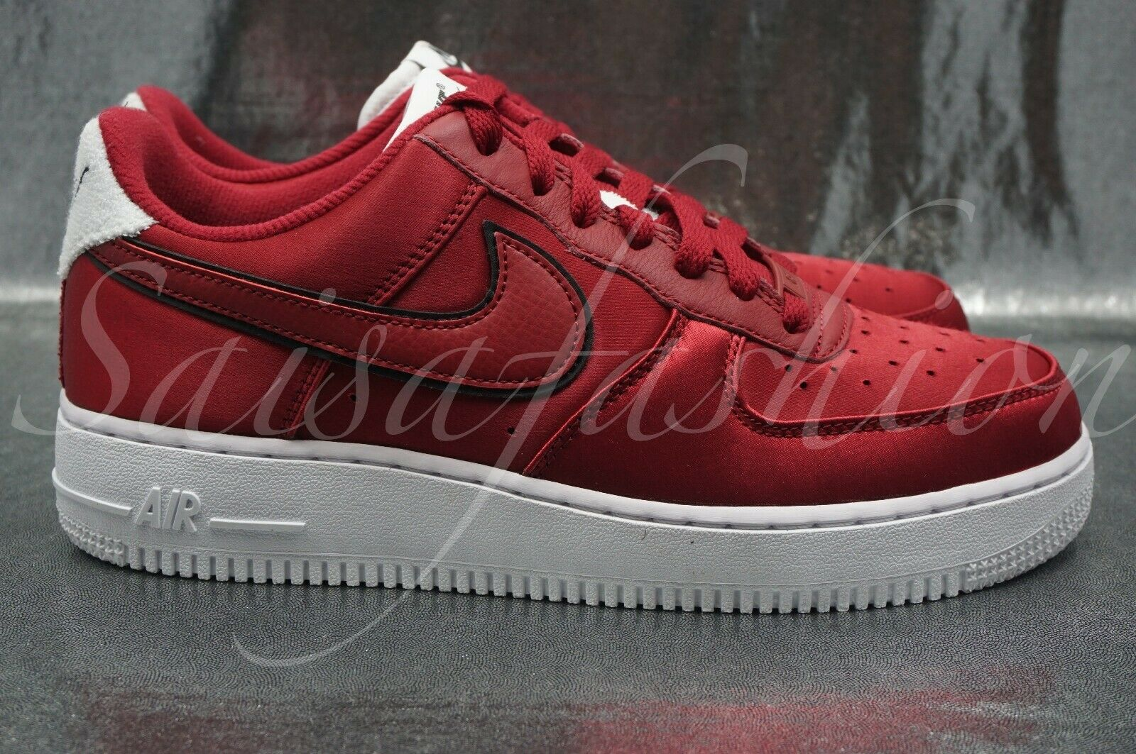 Women's Nike Air Force One 1 '07 SE NSW Red Crush White AA0287-602 Size 8.5