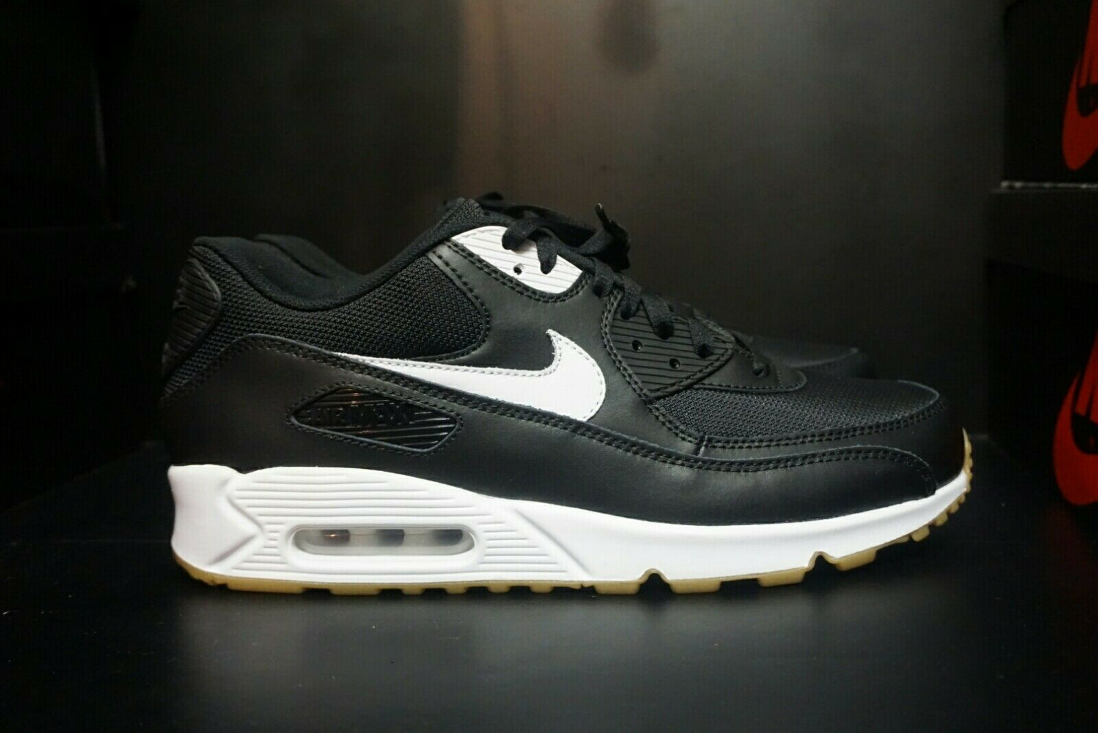 NIKE AIR MAX 90 I.D  PREMIUM LEATHER  MENS SHOE SIZE 11.5 NEW WITHOUT BOX