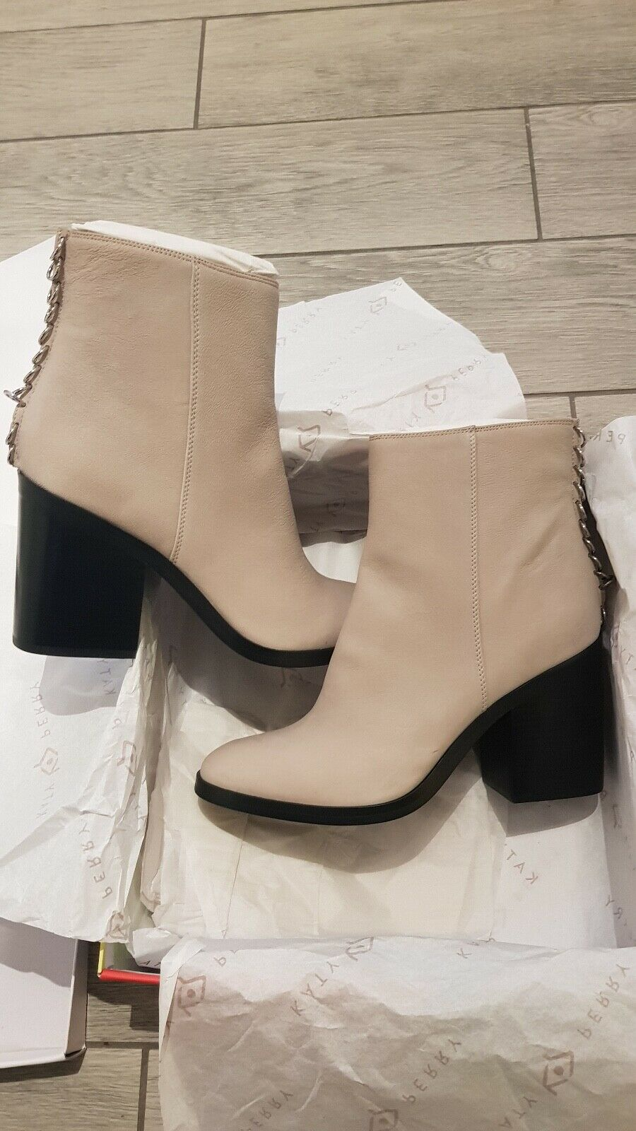 Katy Perry Grey Cream leather boots  UK size 7  US 9.5