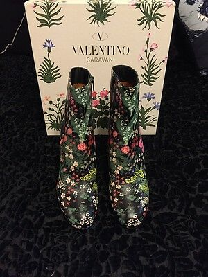 Valentino Floral Garden Black Leather Ankle Boots size EU 40.5/US 10.5 M NIB