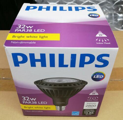 2-Pack Philips 32W PAR38 LED 2800LM 3000K 32PAR38//LED//830//F25//ND SO-B 120V BLACK