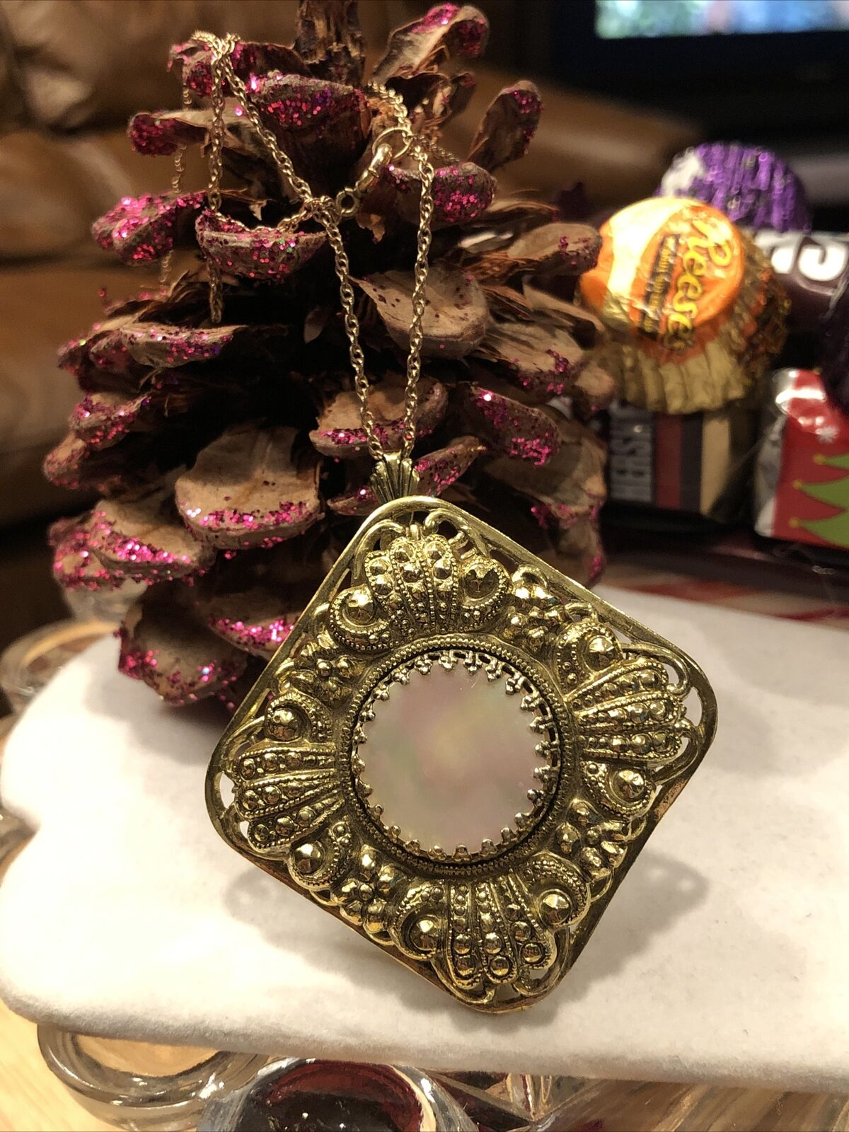 Antique Style Vintage Ornate Mother Of Pearl Gold… - image 9