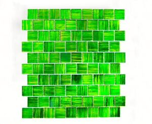 Mosaik-Fliese-Transluzent-Glasmosaik-Crystal-gruen-klar-68-CF43-f-10-Matten