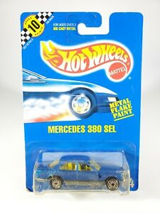 HOT WHEELS #184 MERCEDES 380 SEL BLUE METAL FLAKE PAINT - 1991 BLUE CARD - NEW