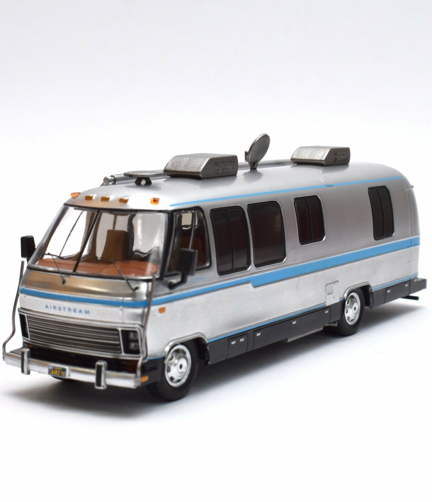 IXO Airstream Exella 280 Turbo Wohnmobil USA Camping Car 1981, 1 43 , OVP, B305    Schöne Farbe