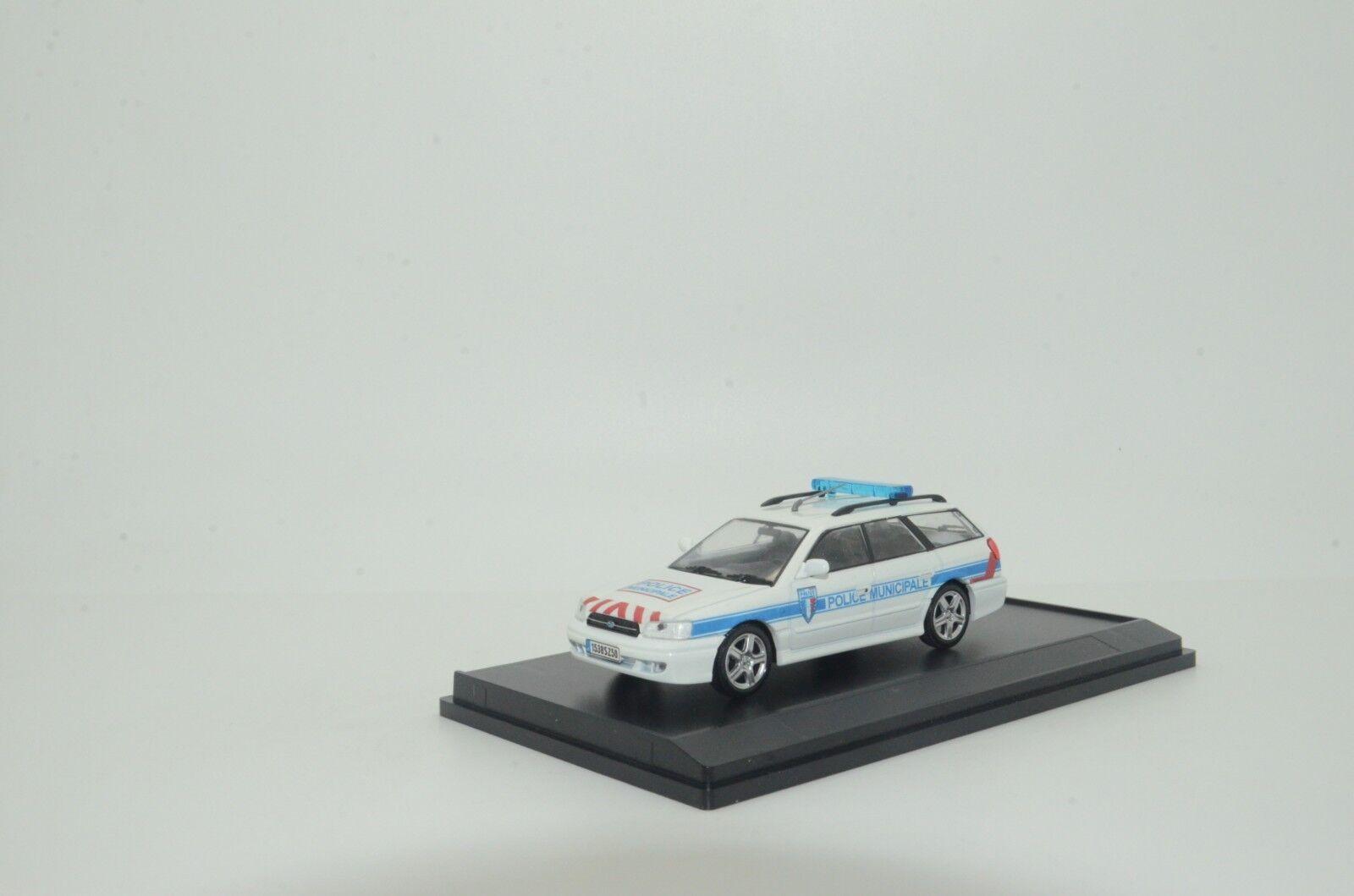 rara    Subaru Legacy Francia policía emitida Hecho a Medida 1 43