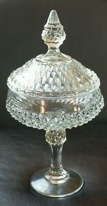 Vintage-Indiana-Glass-Diamond-Point-Clear-Pedestal-Covered-Candy-Dish-Excellent