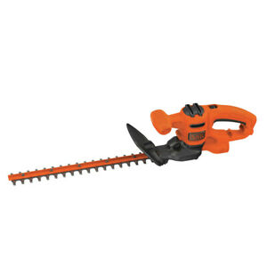 Black & Decker 17 in. Electric Hedge Trimmer BEHT150 New