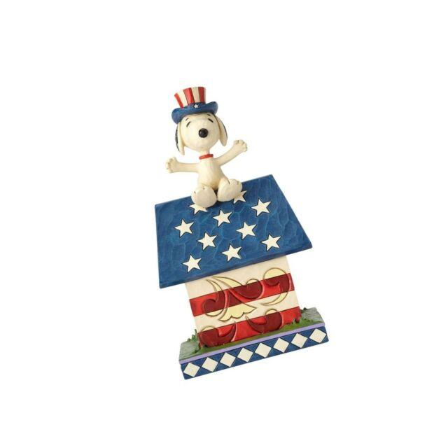 "Enesco 4059438 Peanuts by Jim Shore Snoppy Home of The Brave Figurine, 7"", Mu..."