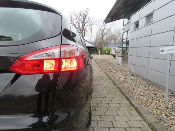 Ford Focus 1,6 Ti-VCT 125 Trend stc. aut. - billede 3