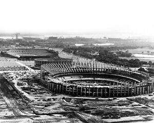 Philadelphia-Phillies-amp-Eagles-VETERANS-STADIUM-Glossy-8x10-Photo-Print-Poster