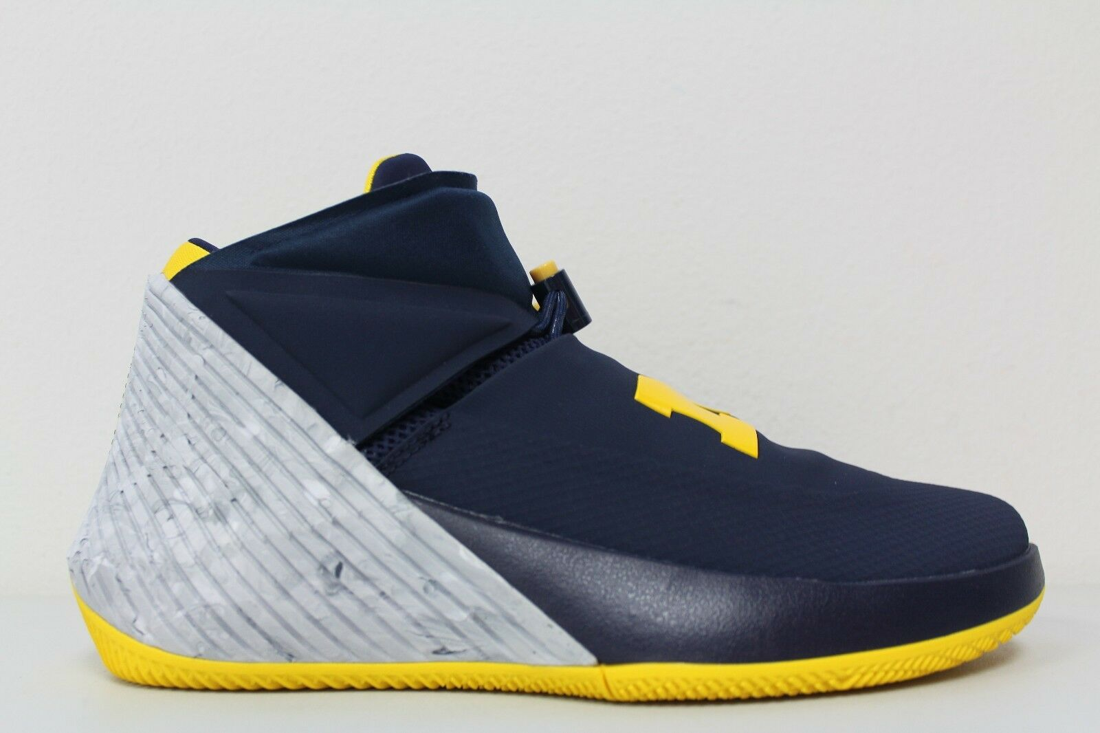 Nike Mens Air Jordan Why Not Zero.1 Russell Westbrook Michigan AA2510-405 Sz 10 The most popular shoes for men and women