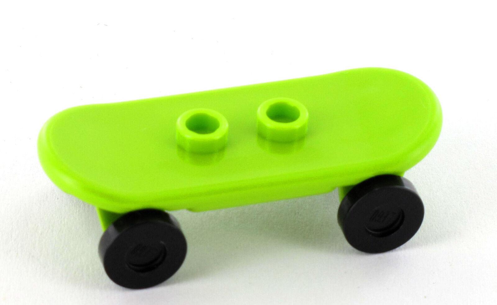 LEGO Figur Minifigur Junge mit Skateboard blau 42511 cty396 aus Set 60026