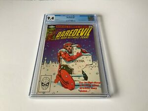 DAREDEVIL-182-CGC-9-4-WHITE-PGS-FRANK-MILLER-PUNISHER-KINGPIN-MARVEL-COMICS-1982