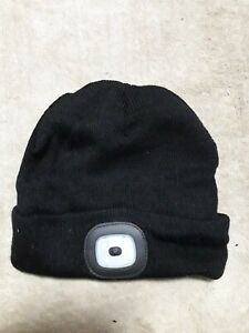 Beanie-Hat-With-Led-headlight