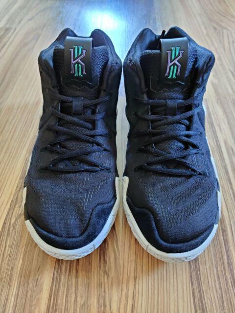 Nike Kyrie 4 Boys Pre School SNEAKERS
