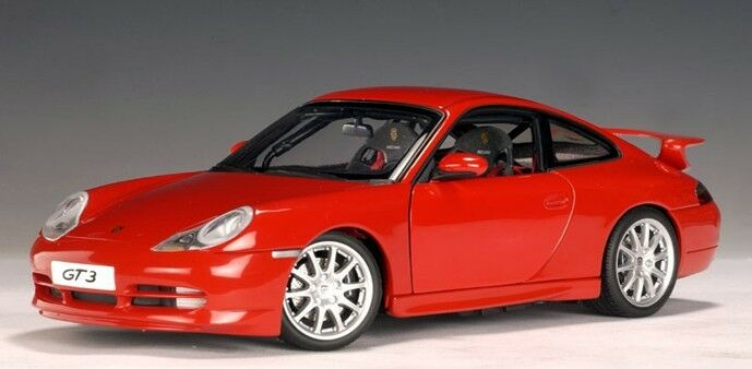 1999 PORSCHE 911 CARRERA GT3  996  rosso by by by AUTOART 1:18  BRAND NEW IN BAD BOX 43d6d0