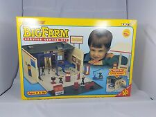 Ertl Big Farm Country Service Center Set 1:32nd scale New in Box