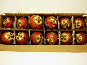 12-Vintage-Red-Christmas-Ornaments-Made-In-Japan-with-box-3-034