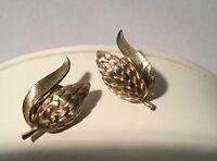 Vintage  1962 CROWN TRIFARI  Gold Tone Wheat Clip Earrings