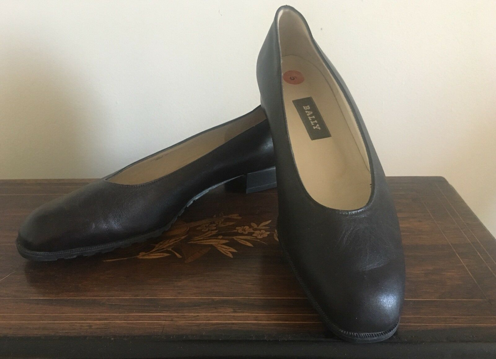 Bally Switzerland Black LEATHER Slip On BALLET Moccasins Loafers Flat SHOES 5M