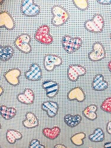 Heart on Dots Small 100/% COTTON Poplin Fabric  Children Red Blue