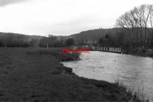 PHOTO-1975-APPROACHING-HAMBLEDEN-LOCK-THIS-SHOWS-THE-APPROACH-AS-SEEN-BY-THE-BO