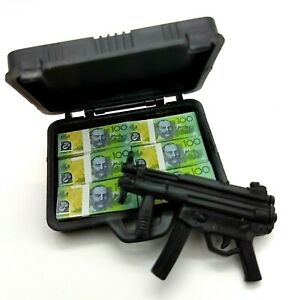 1-6th-Scale-Access-Gangster-Brief-Case-amp-6-Stacks-of-100-notes-Gun-12-034-Action
