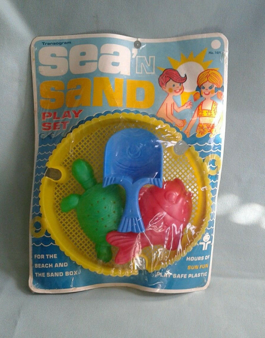 Vintage 1968 SEA & SAND Play Set TRANSOGRAM Toy   NOS   SEALED.