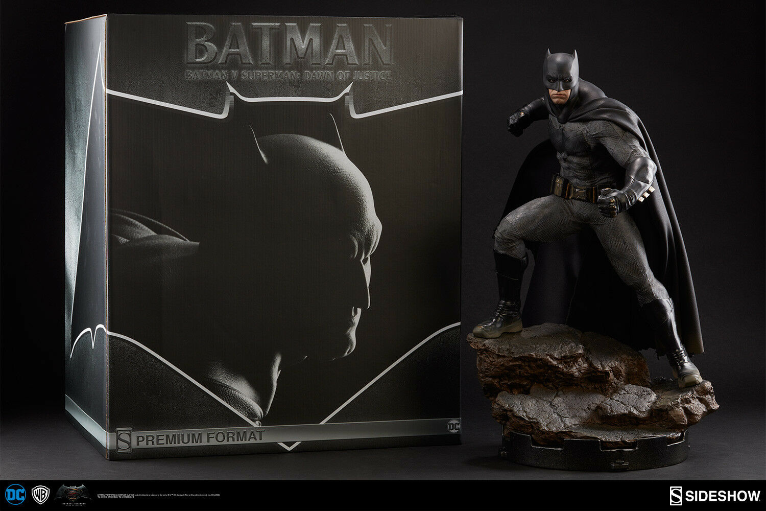 BATMAN V SUPERMAN  DAWN OF JUSTICE SIDESHOW BATMAN PREMIUM FORMAT