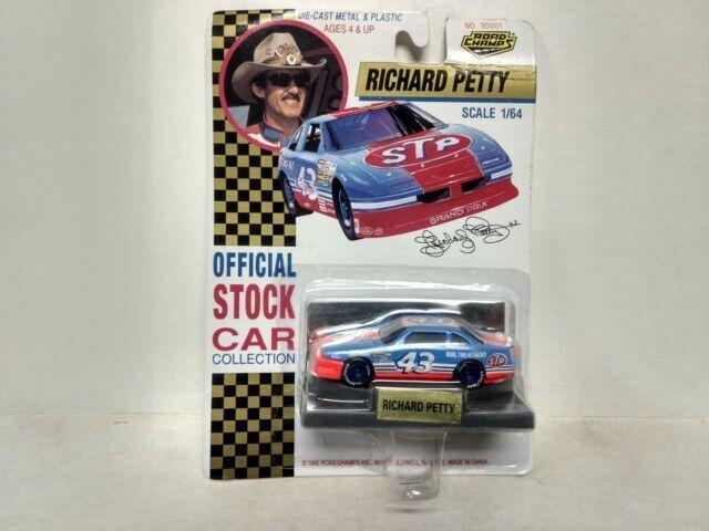Richard Petty # 43 Road Champs 1//64 Scale Car