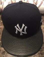 New York Yankees MLB On Field New Era 59FIFTY Navy Fitted Hat 7 1/8 Faux Bill