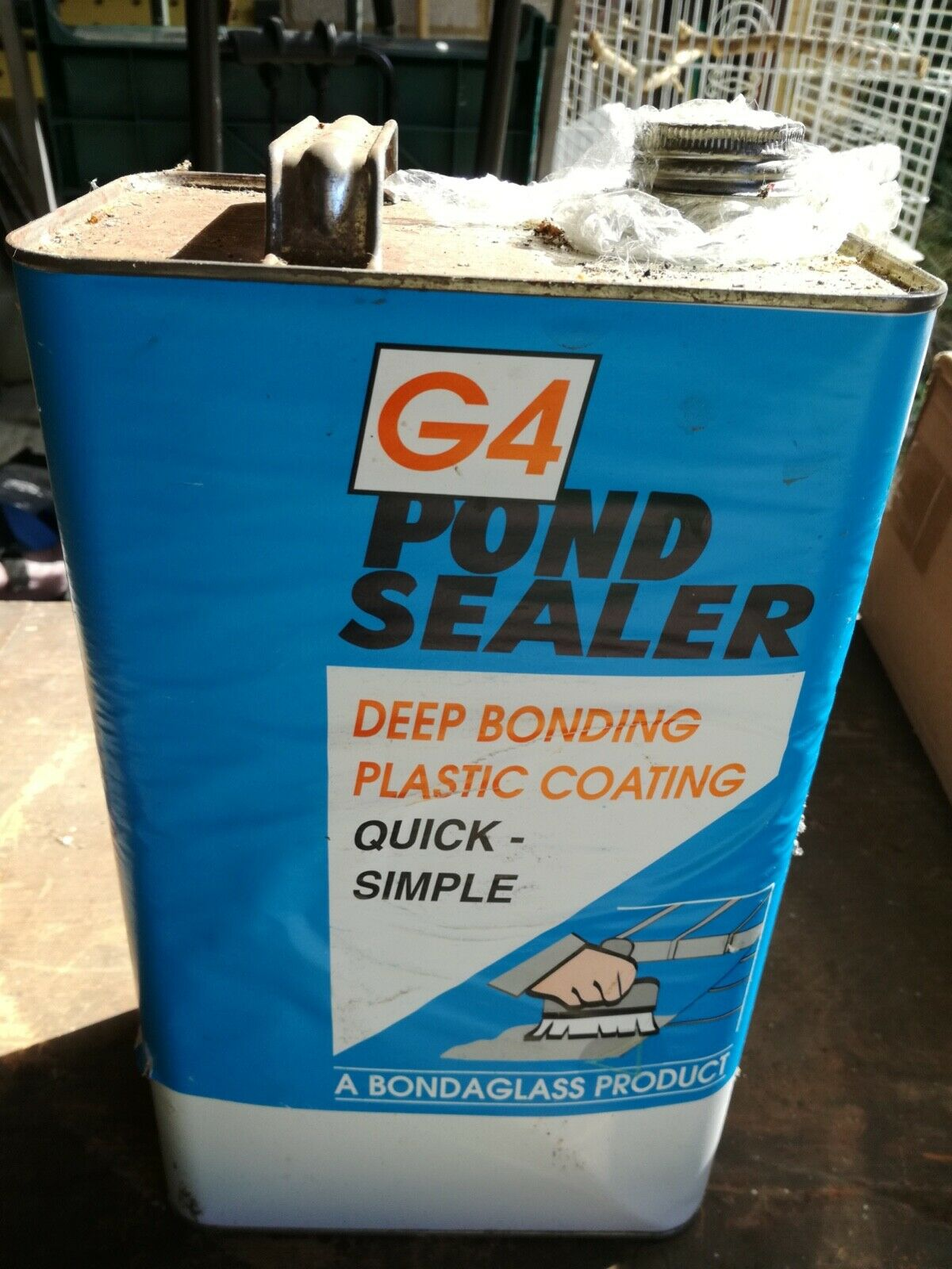 G4 POND SEALER DEEP BONDING PLASTIC COATING - too heavy -- collection only