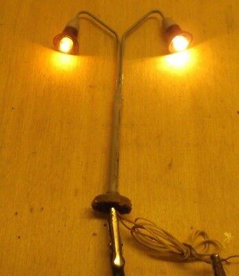 3 Stück Kahlert Spur H0 Lampe//Leuchte zweiflammig 30707 Messing//Anschlussfertig