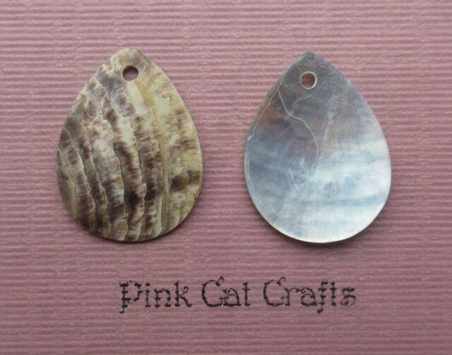 10 x MOTHER OF PEARL TEAR DROP SEA SHELL SEASHELL Charms Pendants Beads