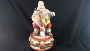 "Santa Claus Musical Figurine Statue - We Wish You A Merry Christmas 5"" x 7"""
