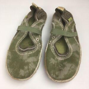 CUSHE-SHUCOON-MJ-Womens-sz-8-green-Slip-on-Loafers-Shoes