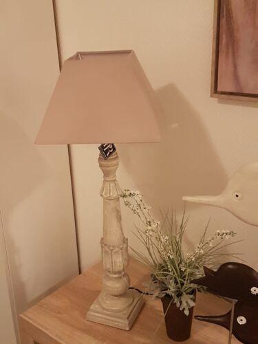 Landhausstil PR Rogiers 85 x 30 x 30cm Braun // Beige Tischlampe aus Holz