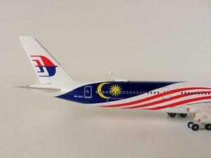 Airbus-A350-900-MALAYSIA-AIRLINES-1-500-Herpa-531344-A350-XWB-NEGARAKU-LIVERY
