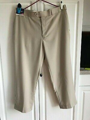 Stafford #5602 NEW Men/'s Classic Fit Travel Trouser Pleated Cuffed Dress Pants